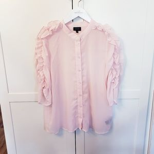 Who What Wear size medium pink sheer ruffle arm